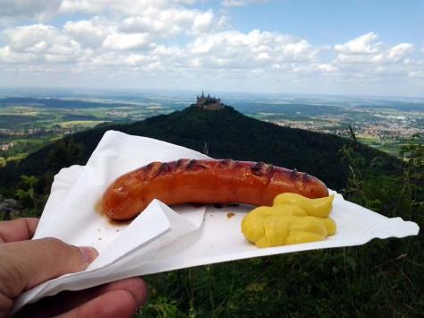 Bratwurst mit Burgblick
