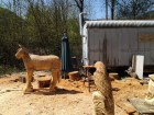 Holzkunst hinter Dettingen