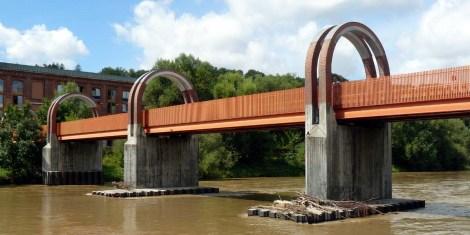 Plochinger Neckarbrücke...