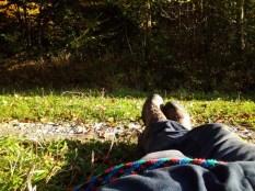 Kräftetankende Pause am Wegesrand