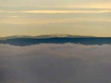 Feldberg über Wolkenbergen