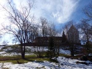 Vom Kirchberg grüßt das Kloster
