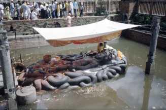Budhanilkanta: Schlafender Vishnu
