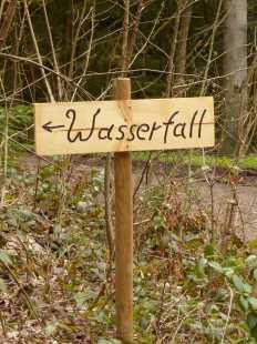 Gräbenbach-Wasserfall: Die Spannung steigt