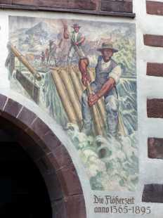 Flößer am Schiltacher Rathaus