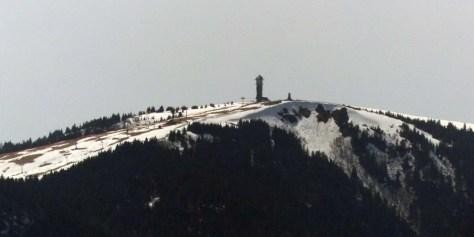 Querweg-6-Feldberg-mit-Restschnee